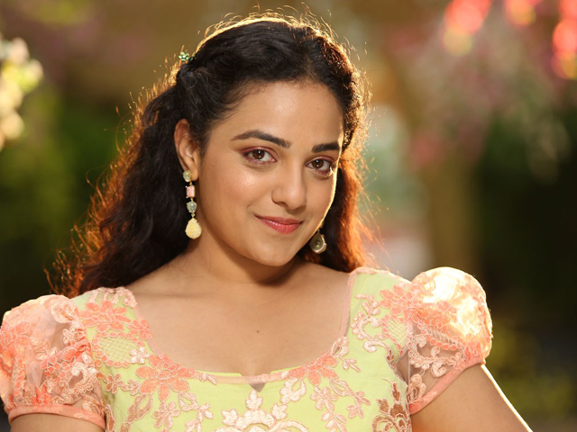 Nithya-Menon-Stills-at-Koti