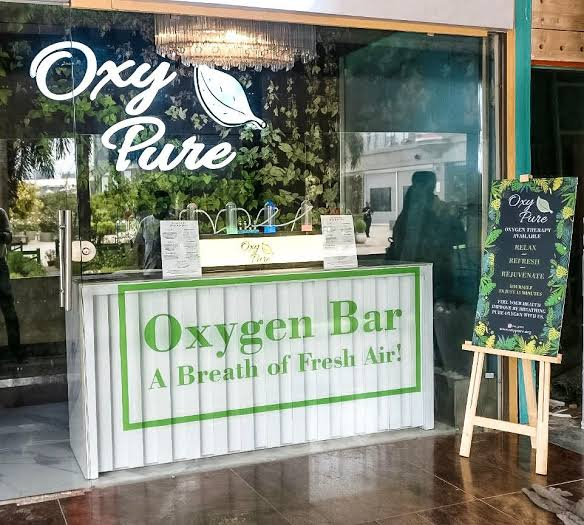 Opened an oxygen bar in Delhi, Rs 299 for 15 minutes to breathe