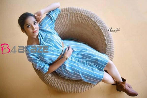anikha surendran photoshoot2