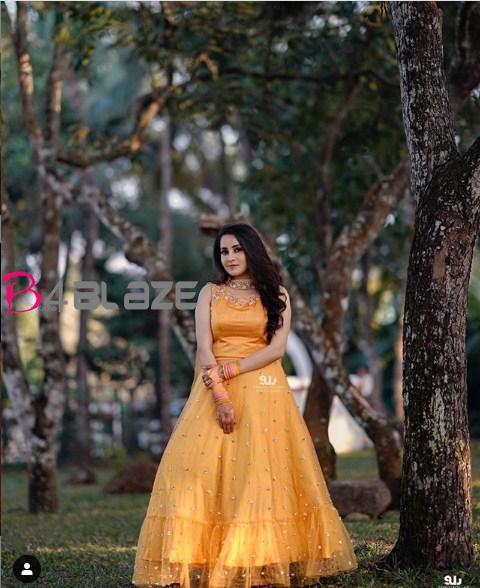 bhama haldi in yellow
