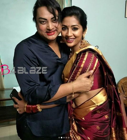 navya in saree