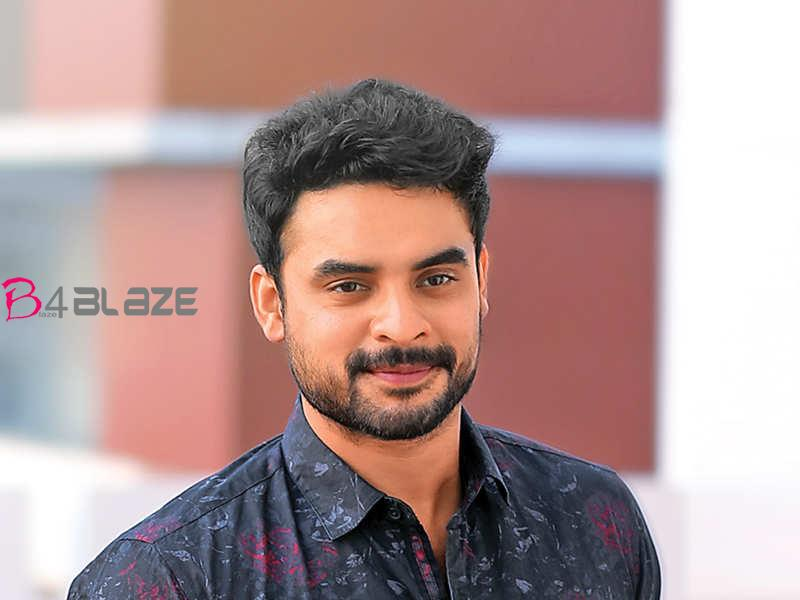 tovino-with-fanse
