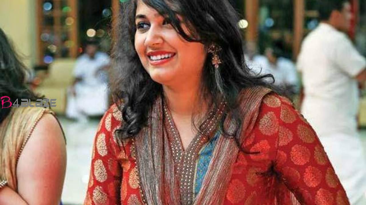Vismaya-Mohanlal-Images-3