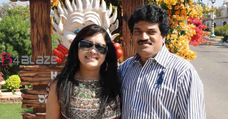 m-g-sreekumar-wife-lekha