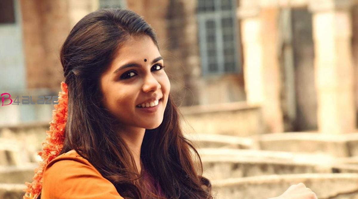 kalyani-priyadarshan-1200