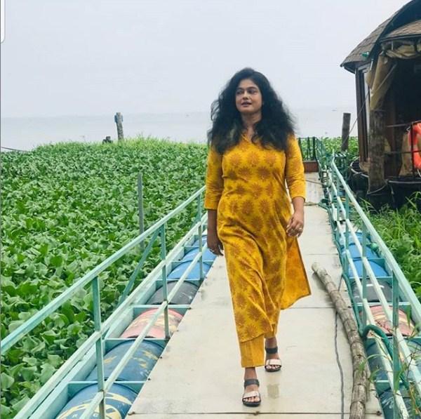 Manju Pillai New Photos