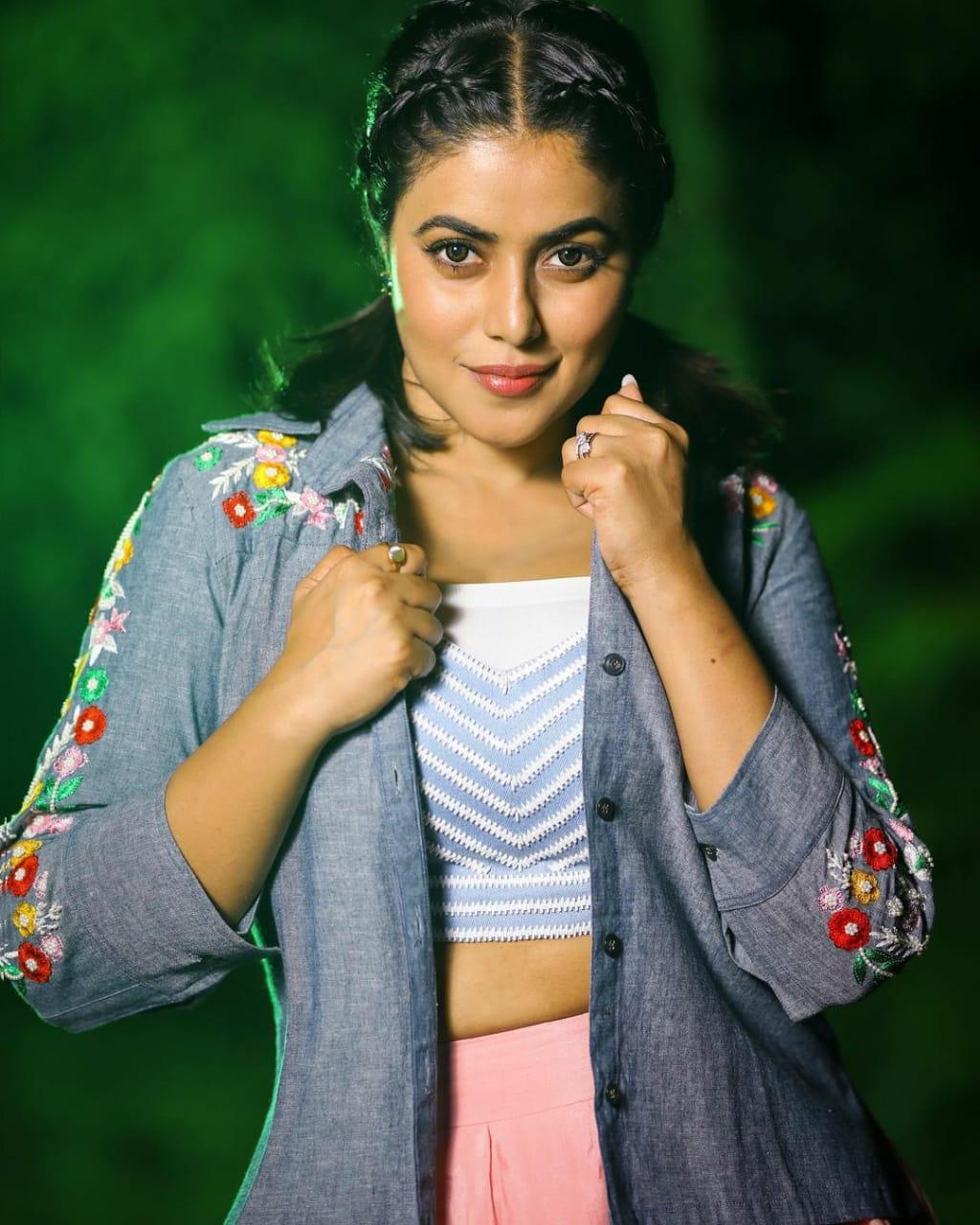 Shamna Kasim Photoshoot 1