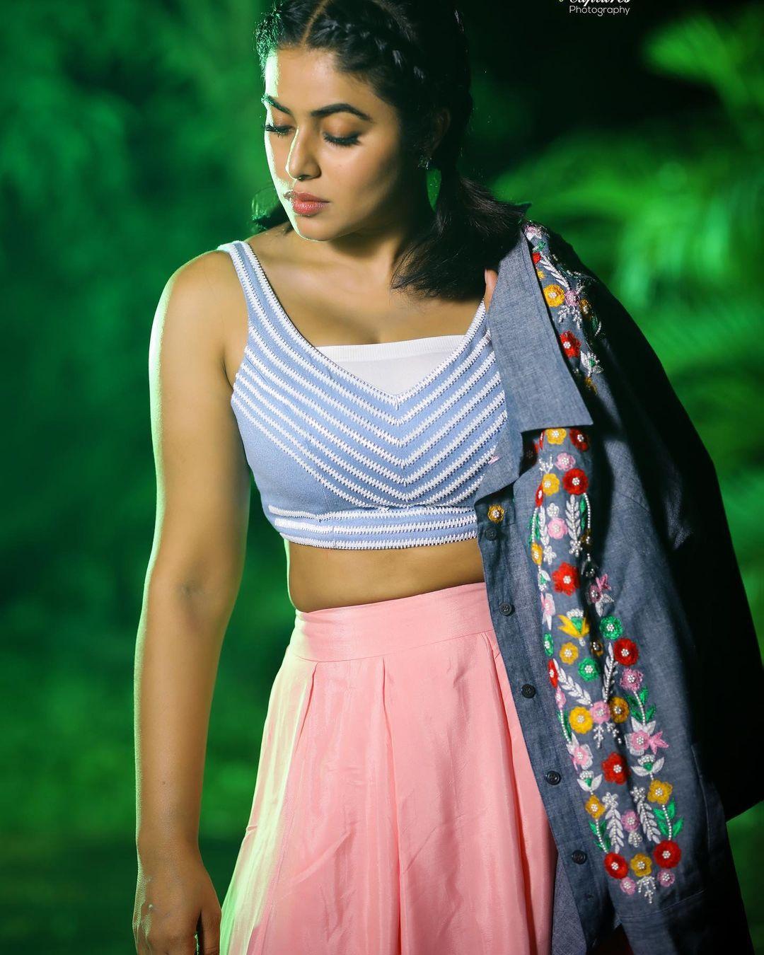 Shamna Kasim Photoshoot 5