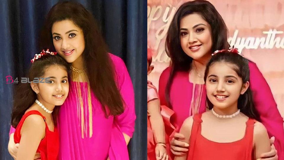Meena with Nainika
